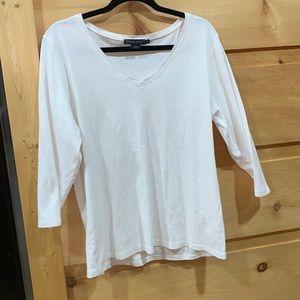 EUC Pendleton XL v neck tee shirt white